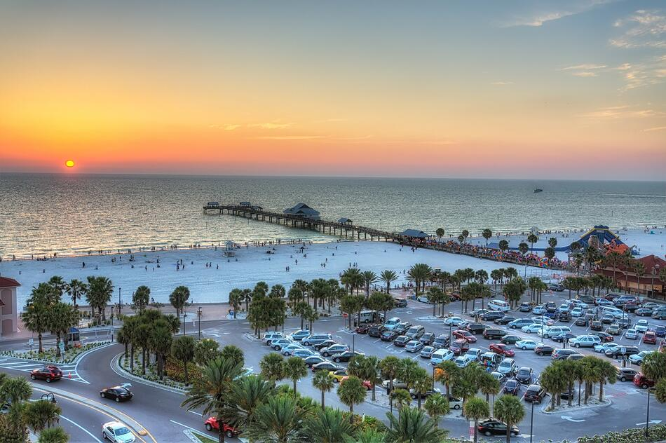 Pier-House-60-Sunset-View-at-Clearwater-Beach.jpg